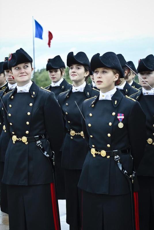 École polytechnique の制服