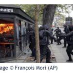 パリでデモ。マックなど放火、約100人を逮捕!?