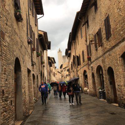 トスカーナの美しい塔の街、サンジミニャーノへ!